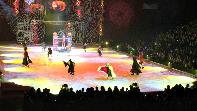 Disney on Ice Villians