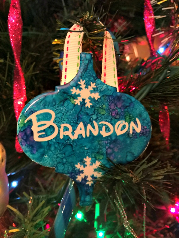 DIY Alcohol Inks Ornaments