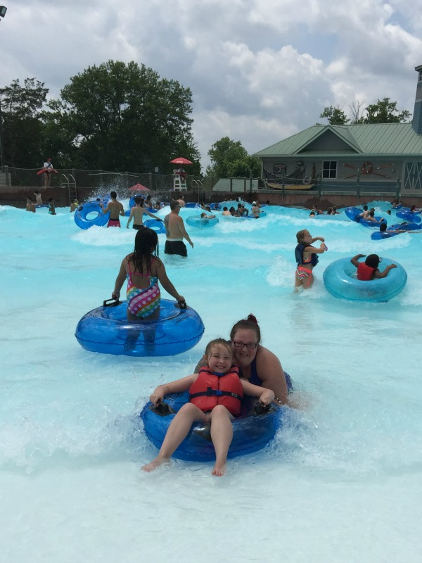 nashville shores wave pool